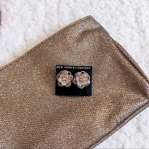 New York & Company Jewelry - NWT // New York & Company flower earrings